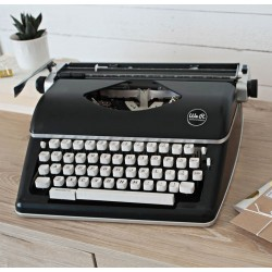 Black Typecast Typewriter We R Memory Keepers