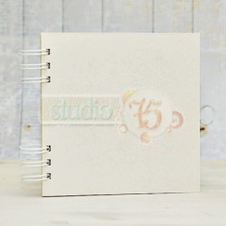 White Chipboard Album 20 x 20 cm with White Spiral Studio75