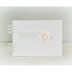 White Chipboard Album 20 x 25,5 cm with White Spiral Studio75